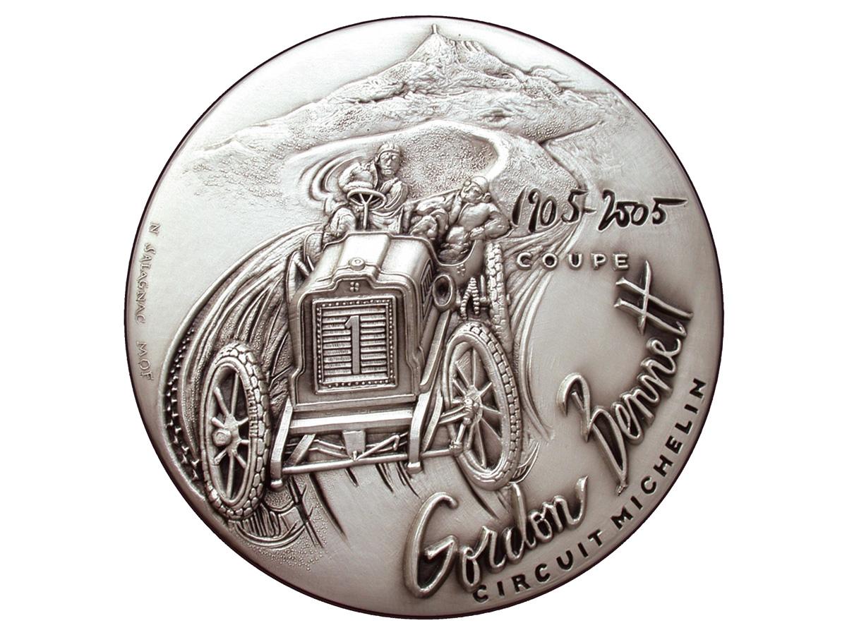 Gordon Bennett, une plaque-auto des 100 ans de la coupe – 2005