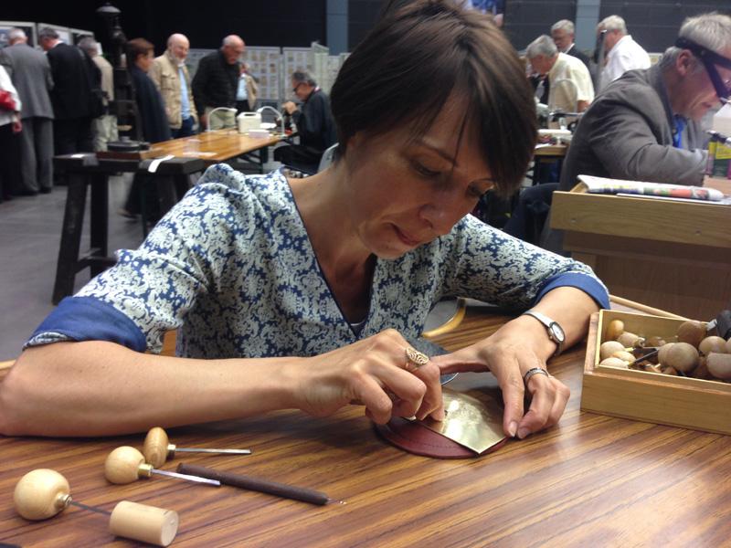 Elsa Catelin, graveur de timbre à la poste à Périgueux, graveur du dernier timbre Marianne.