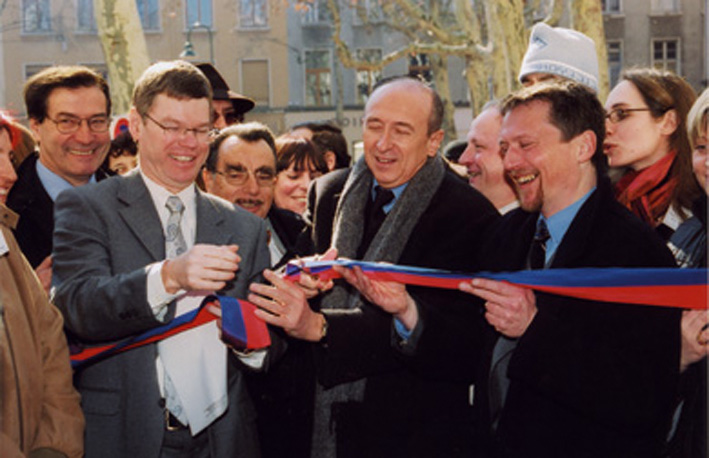Place_Bertone_Collomb_2006_inauguration_local