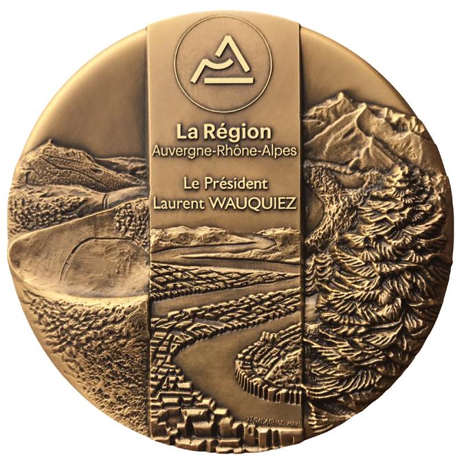 Création d'une médaille pour la région Auvergne Rhône-Alpes.