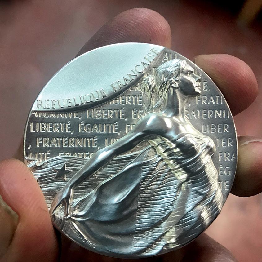 Rencontre du Sénateur Michel Forissier et découverte de la nouvelle médaille des Sénateurs