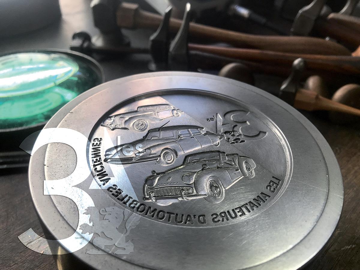 Création médaille des Amateurs d'Automobiles Anciennes