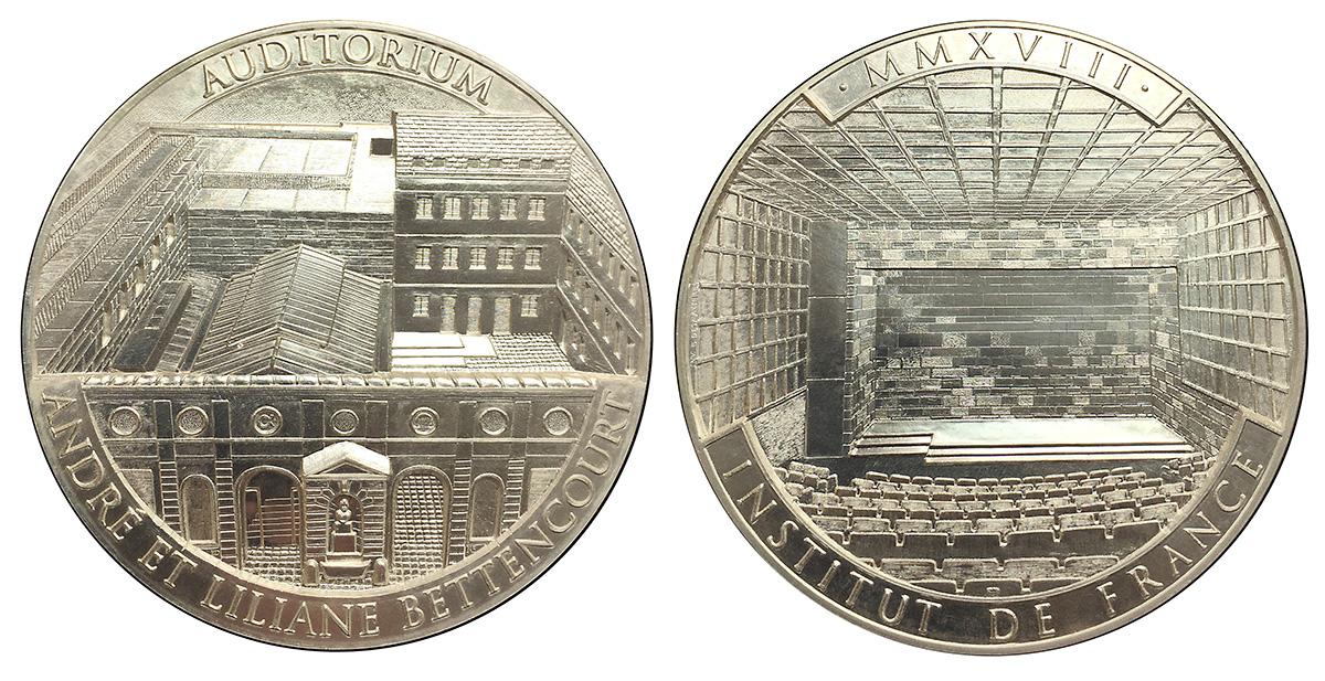 Création de la médaille de l'Auditorium André et Liliane Bettencourt de  l'Institut de France