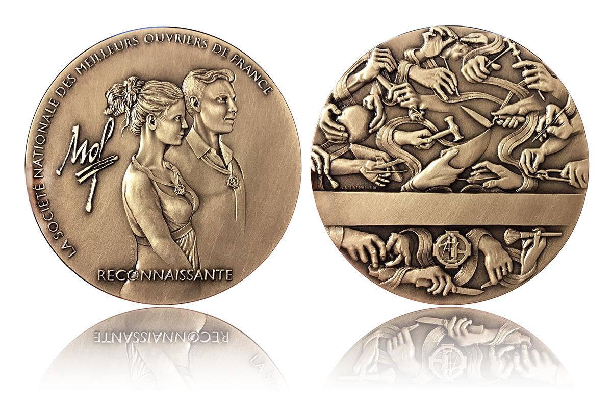 Création de la nouvelle médaille d'honneur de la Société Nationale des Meilleurs Ouvriers de France